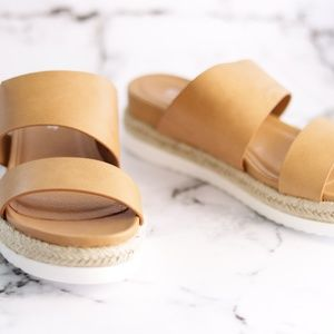 WOMENS LEATHER SLIDES